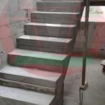 Монолитная ж/б лестница после разопалубки